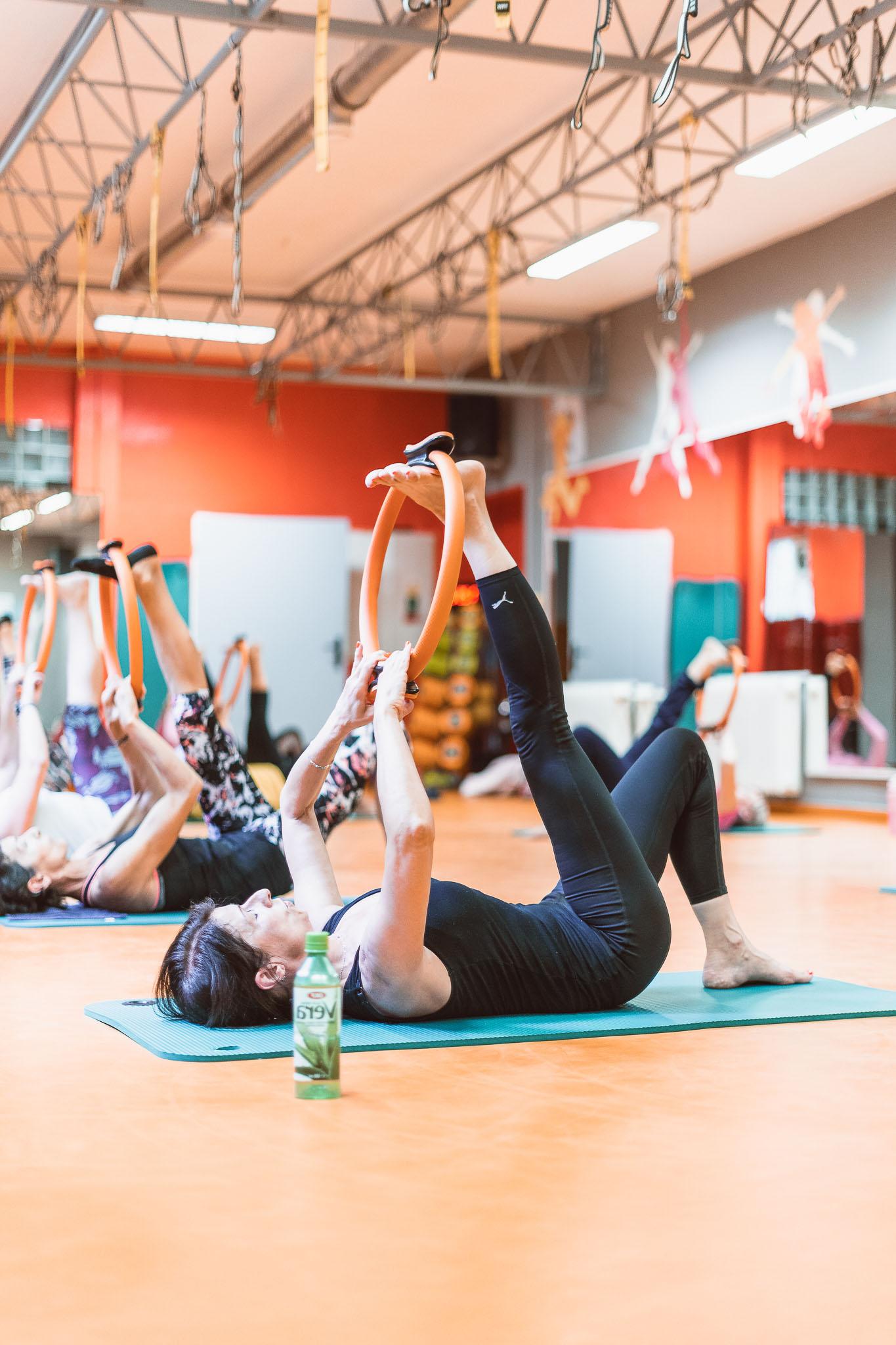 cvičení jóga, zdraví, protažení